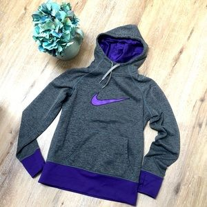 Nike Woman's ThermaFit Hoodie Size Small